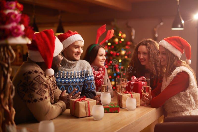 Samla för jul arkivfoto