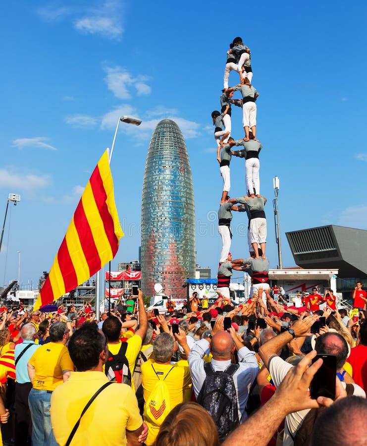 Samla fordrande självständighet för Catalonia arkivfoton