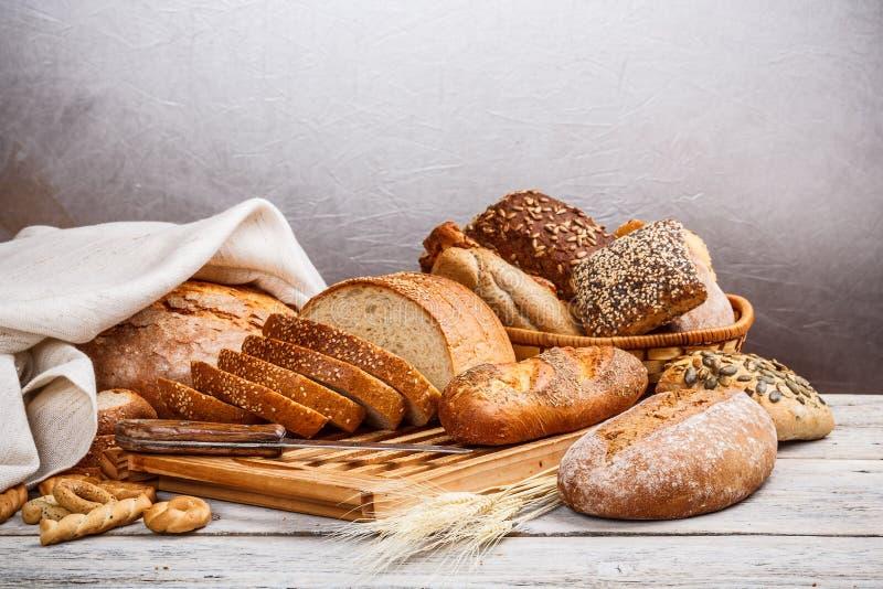 Samling av bakat bröd arkivbilder