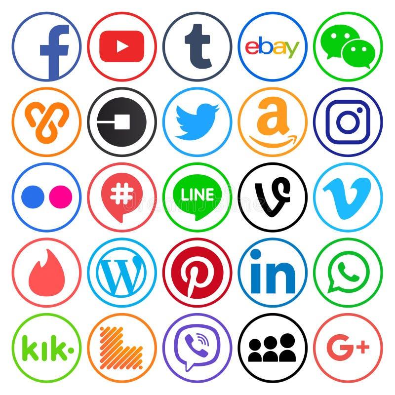 Samling av populära runda sociala massmediasymboler royaltyfri foto