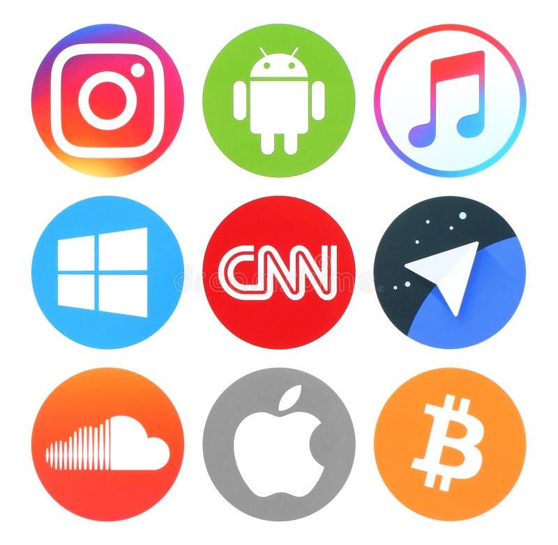 Samling av populärt runt socialt massmedia, nyheterna, musik och andra logoer arkivbild
