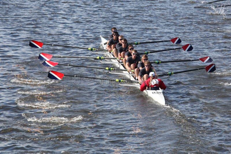 Sammamish划船关联在查尔斯赛船会题头赛跑  免版税库存照片