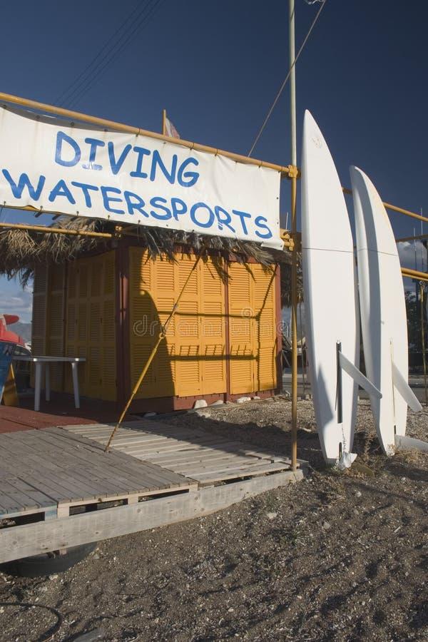 sammanbo med watersports fotografering för bildbyråer