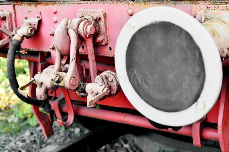 Sammanlänkningsvagnmekanism av ett gammalt ångadrev fotografering för bildbyråer