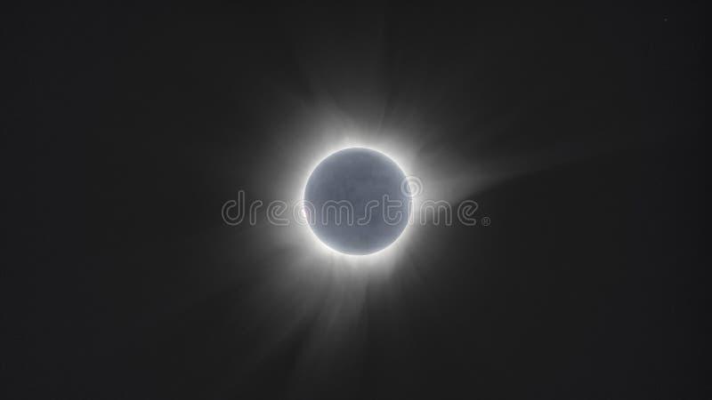 Sammanlagd Indonesien för sol- förmörkelse 2016 mars av Sulawesi royaltyfri fotografi