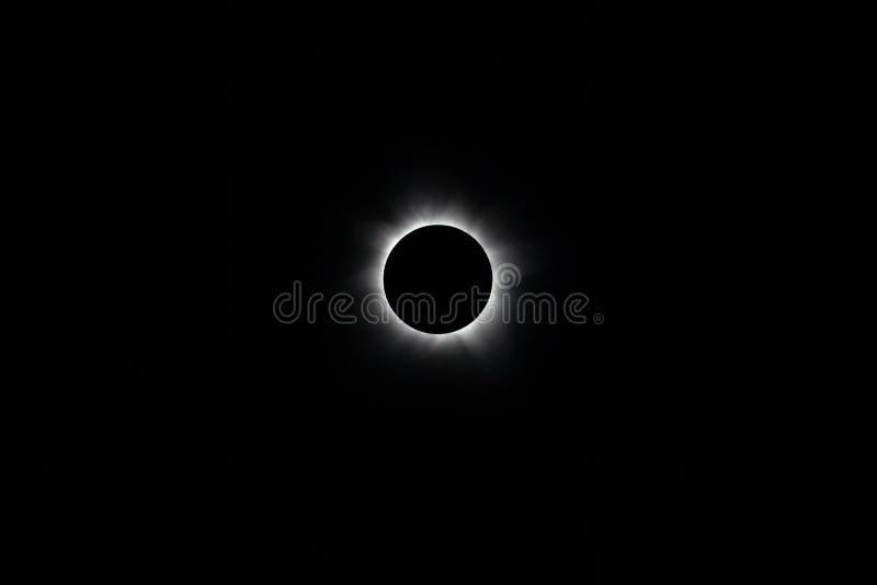 Sammanlagd sol- förmörkelse fotografering för bildbyråer