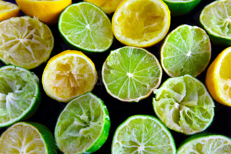 Sammanpressad ut citron arkivbild