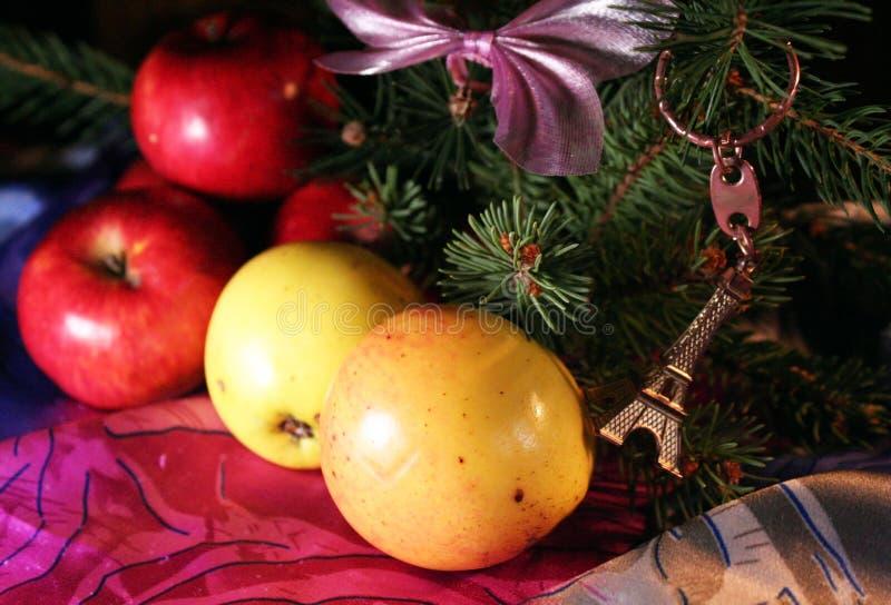 Sammansättning för nytt år för äpplen royaltyfria foton