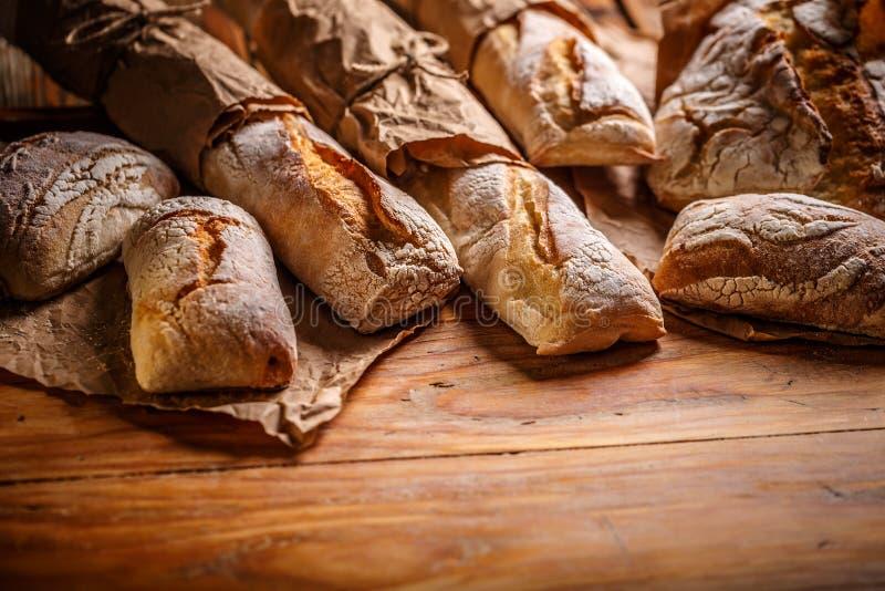 Sammansättning med bröd royaltyfri foto