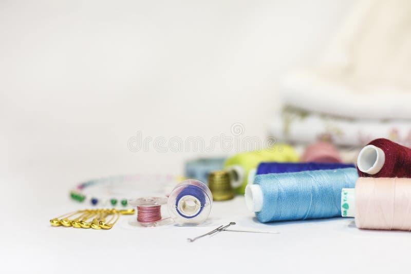 Sammansättningen av beståndsdelar för att sy fotografering för bildbyråer