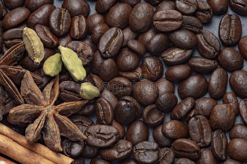 Sammansättningen av kaffe- och rottingsocker arkivfoto