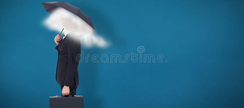 Sammansatt bild av aff?rsmannen under paraplyet, medan rymma en portf?lj royaltyfri fotografi