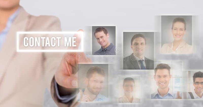 Sammansatt bild av att peka för affärskvinna arkivbild