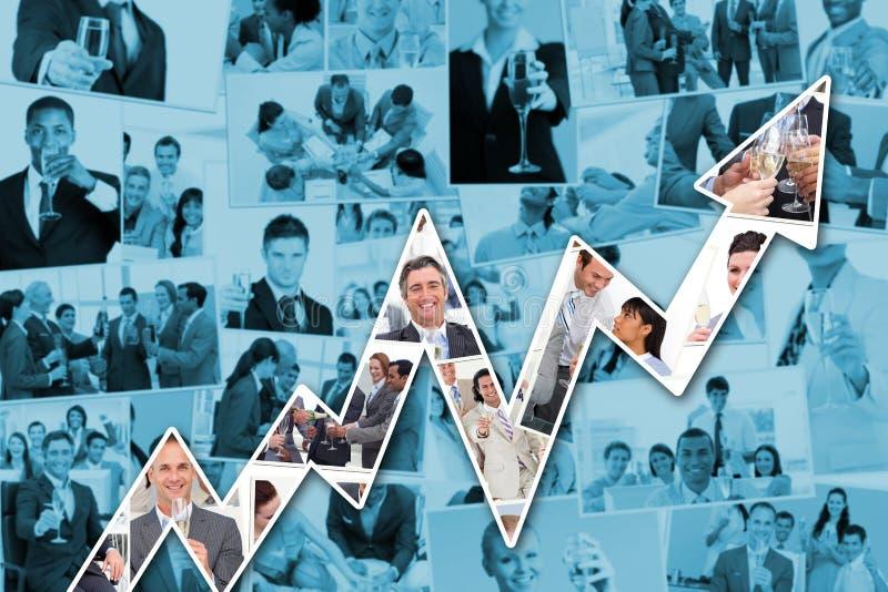 Sammansatt bild av collage av affärsmän som rostar och dricker champagne royaltyfri bild