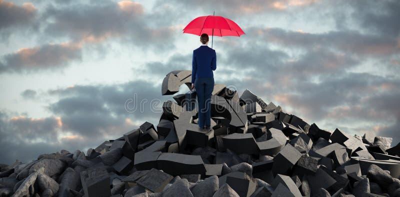 Sammansatt bild av den bakre sikten för full längd av affärskvinnan som bär det röda paraplyet och portföljen stock illustrationer