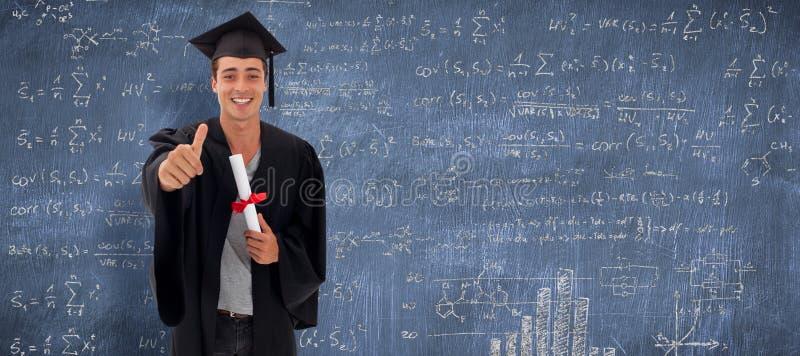 Sammansatt bild av den lyckliga tonåriga grabben som firar avläggande av examen arkivfoto