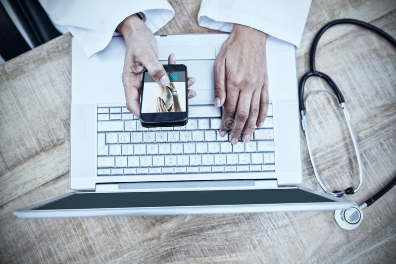 Sammansatt bild av kvinnan med knäskadan stock illustrationer