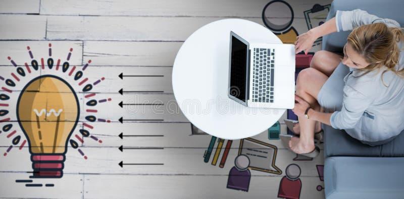 Sammansatt bild av kvinnan på hennes bärbar dator royaltyfri foto
