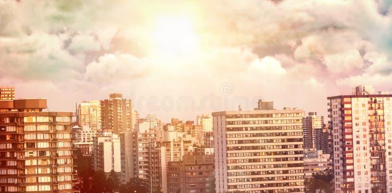 Sammansatt bild av sikten av mulet mot himmel royaltyfria bilder
