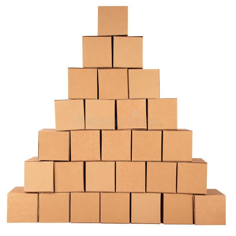 Sammelpacks. Pyramide von den Kästen stockfotos