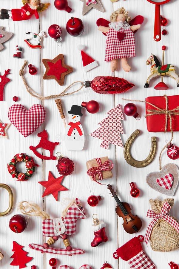 Sammlung der roten und weißen karierten Weihnachtsdekoration auf wo stockfoto