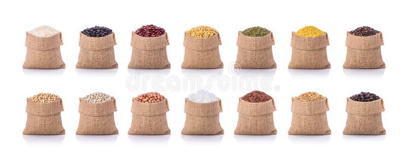 Sammlung einiger Bohnen, Reis, Kaffee im kleinen Sack studio lizenzfreie stockfotografie