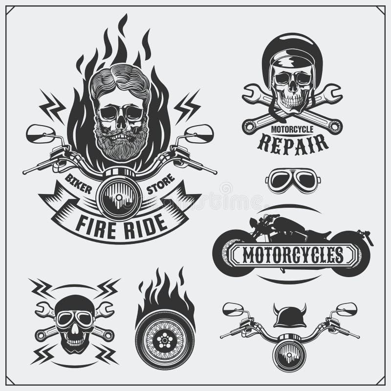 Sammlung Retro- Motorradaufkleber, -embleme, -ausweise und -Gestaltungselemente Abbildung der roten Lilie lizenzfreie abbildung