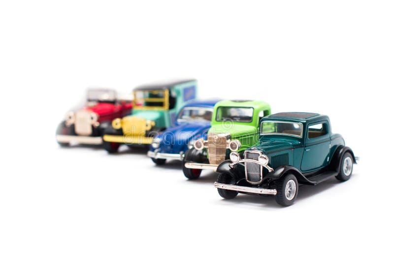 Sammlung Spielzeugautos auf einem weißen Hintergrund stockfotos