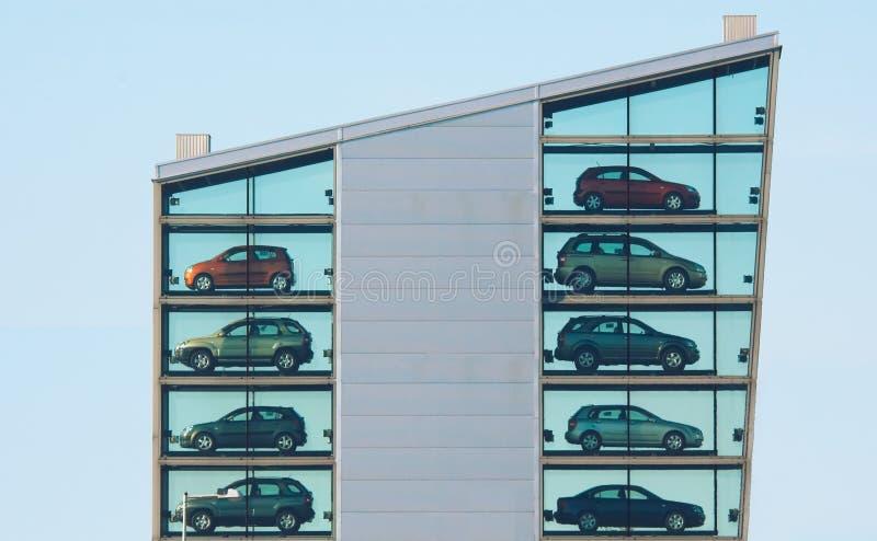 samochód budynku. obrazy royalty free
