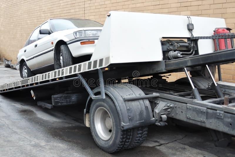 samochód ciężarówka ładowna holownicza zdjęcie stock
