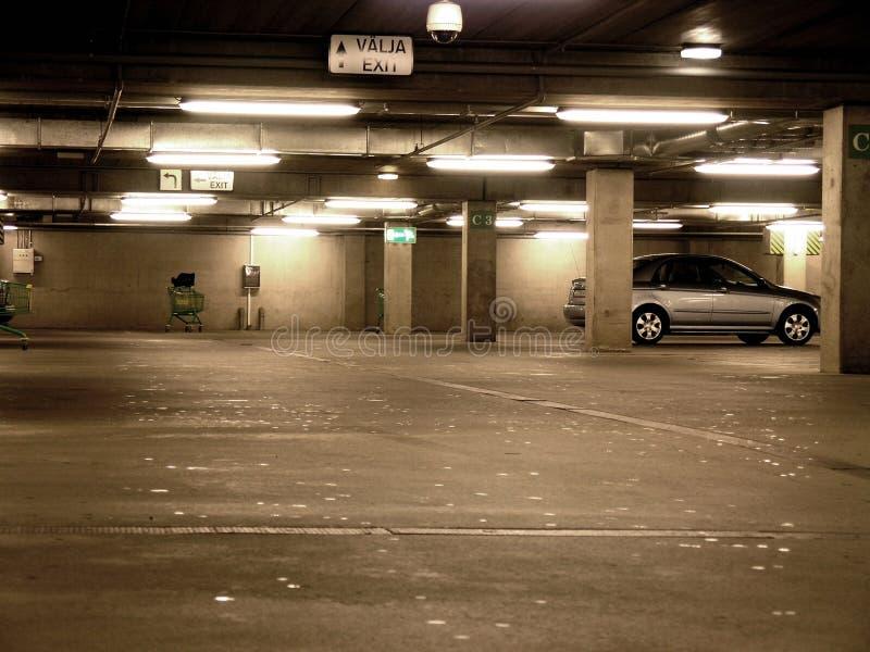 Download Samochód ogólny obraz stock. Obraz złożonej z srebro, zakupy - 33791