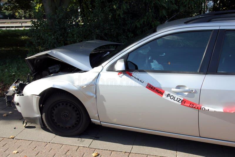 samochód uderzył fotografia stock