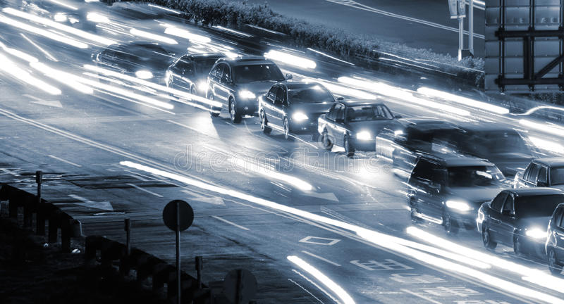 samochodów światła ruch drogowy zdjęcie royalty free