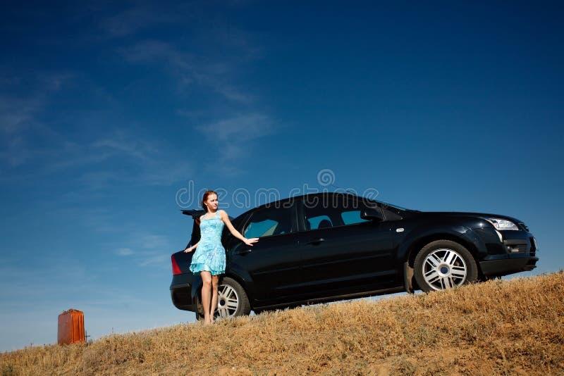 Download Samochodowa dziewczyna obraz stock. Obraz złożonej z automobiled - 9101825