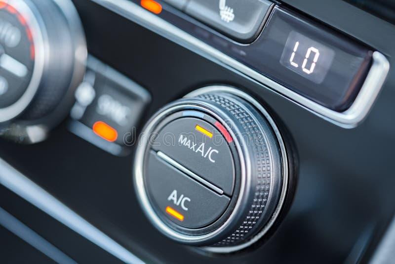 Samochodowa klimatyzacja Lotniczy warunek wyłaczający na maksymalnym chłodniczym trybie obrazy royalty free