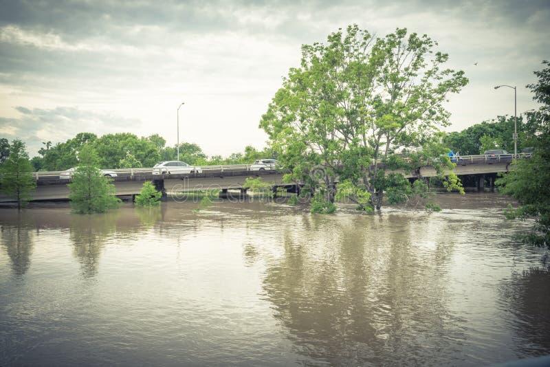 Samochodowa pluśnięcie powódź fotografia stock