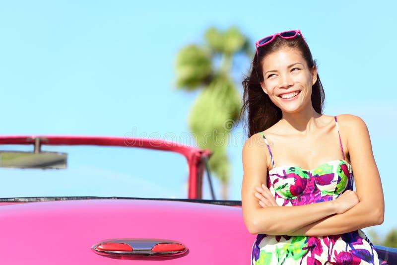 samochodowa szczęśliwa kobieta fotografia royalty free