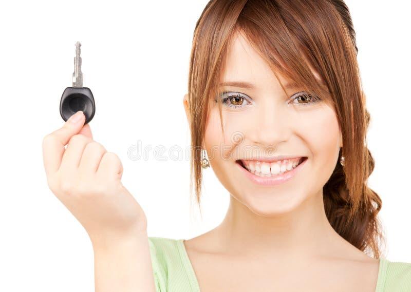 samochodowej dziewczyny szczęśliwy kluczowy nastoletni zdjęcie stock