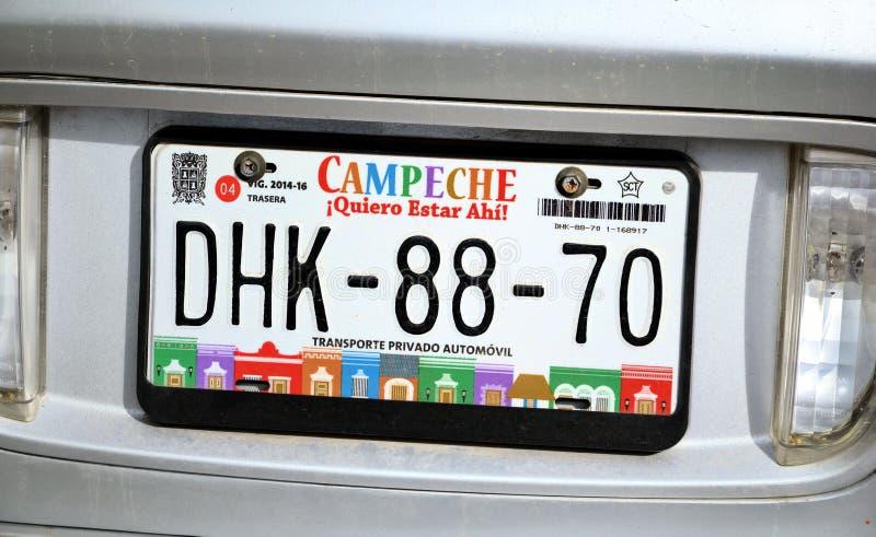 Samochodowi numerowi talerze na samochodzie w Campeche mieście Yukatan Luty 14, 2014 Meksyk obrazy royalty free