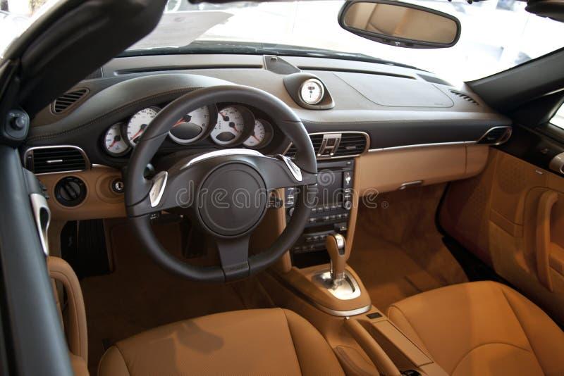 samochodowi wewnętrzni luksusowi sporty fotografia stock