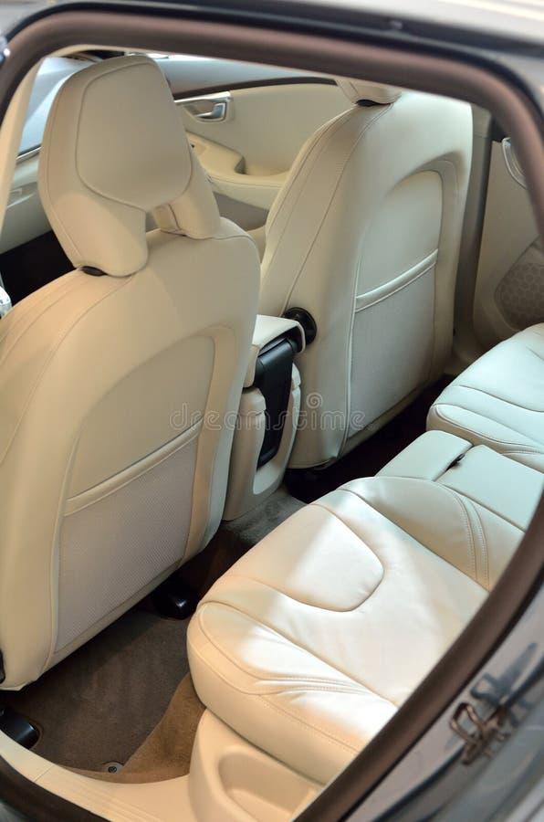 Biali samochodowi skór siedzenia fotografia royalty free
