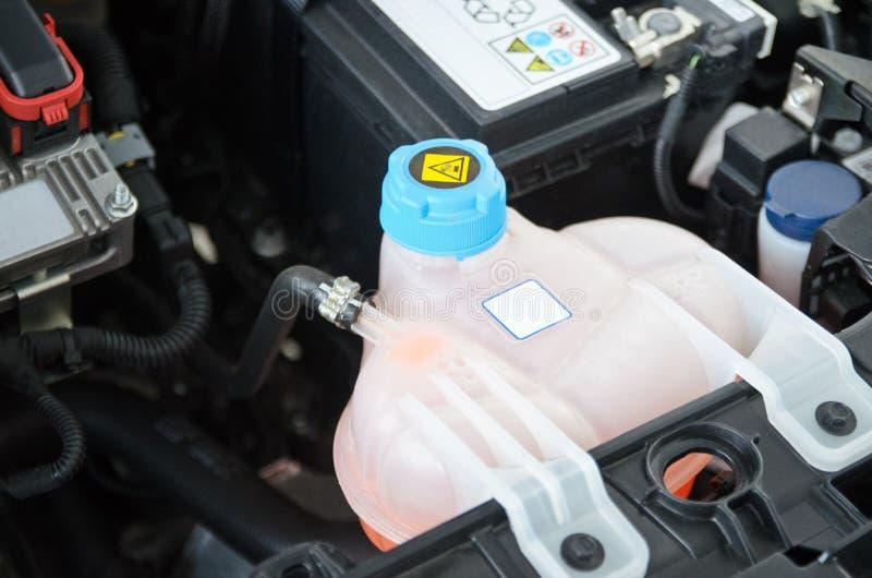 Samochodowy Coolant rezerwuar zdjęcia stock