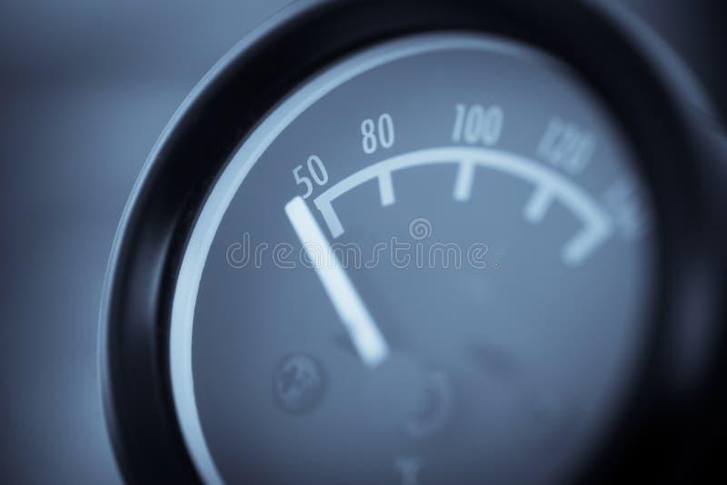 Samochodowy nafcianej temperatury wymiernik zdjęcie royalty free