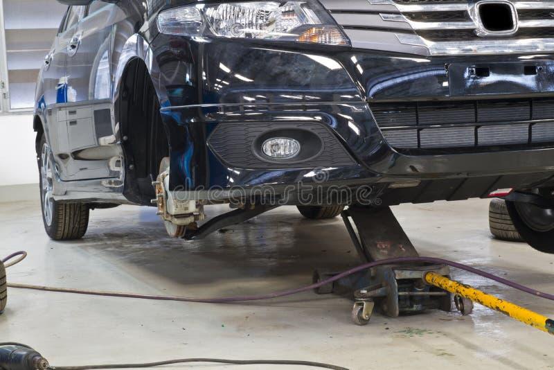 samochodowy naprawianie zdjęcie royalty free