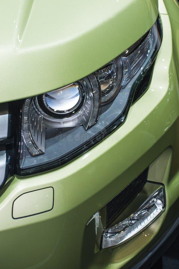 Download Samochodowy reflektor obraz stock. Obraz złożonej z silnik - 28094493