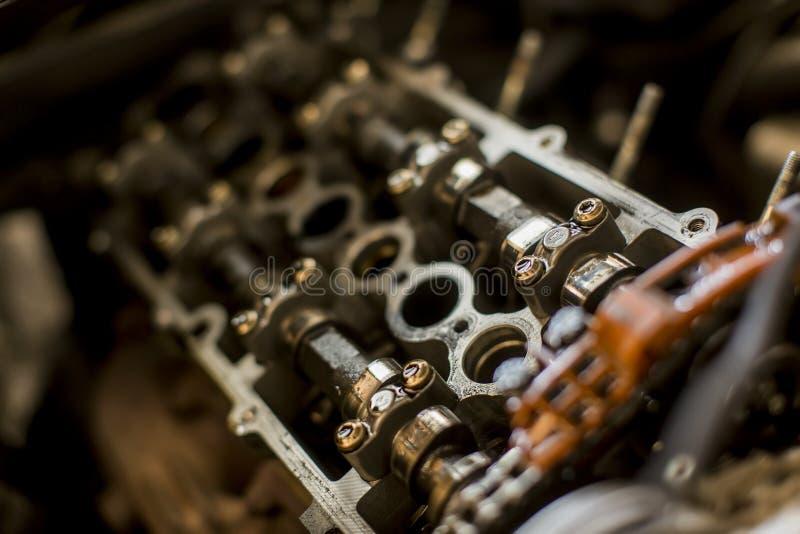 Samochodowy silnik w usługa obraz stock
