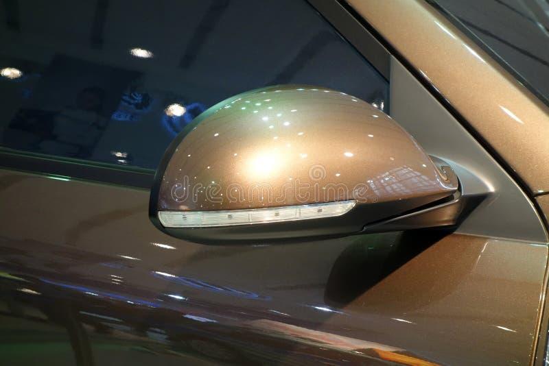 Samochodowy Skrzydłowy lustro fotografia royalty free