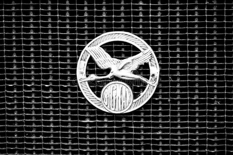 samochodu biel bignan czarny kaloryferowy zdjęcia royalty free