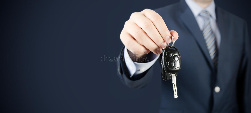 Samochodu czynsz lub sprzedaż agent zdjęcia stock
