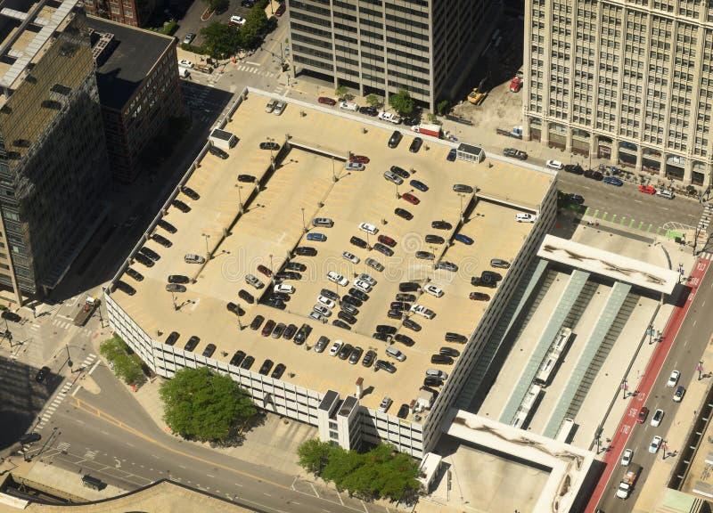Samochody na parking w Chicago Odgórny widok zdjęcia royalty free